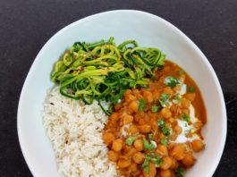 Instant Pot Coconut chickpea curry